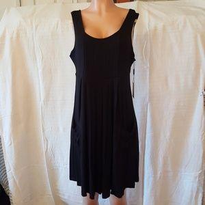 CALVIN KLEIN Pleated 2 Pocket Midi Dress